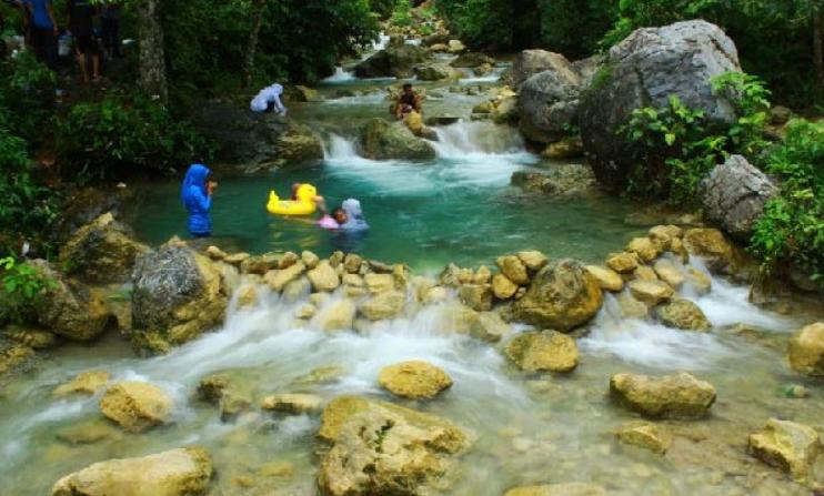 Wisata Pemandian Putroe Ijoe Baru Aceh Barat Daya
