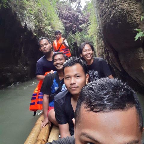 traveling di wahangan cikalong